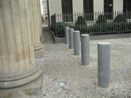 Säulen am Pariser Platz