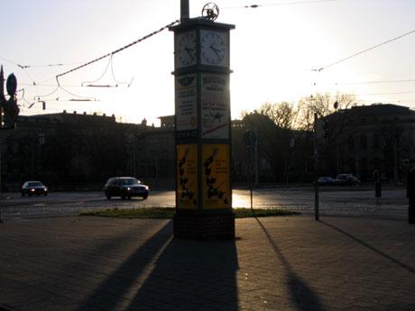 bg2.jpg