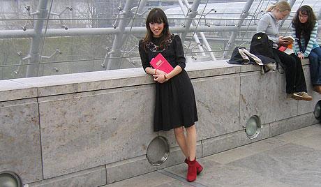 charlotte_roche_in_pose.jpg
