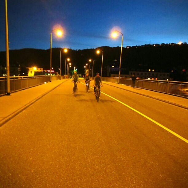 Photo: Taking this rare opportunity of using the car lanes on the #Old #Roman #Bridge in #Trier. #roadworks #closed #night #cycling #bike