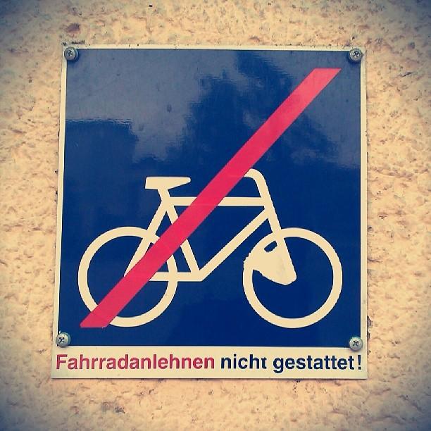 Photo: #Fahrrad #Verbot #Schild #Bahn #Gera