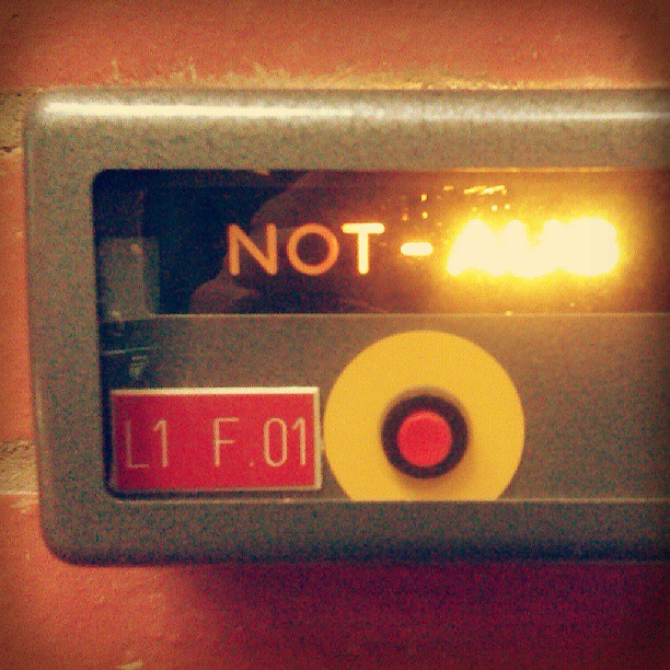 Photo: HS4. #uni #Trier #emergency #button