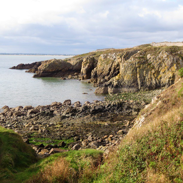 Photo: #Coast at #Howth. #cliffs #Dublin #sea #Ireland