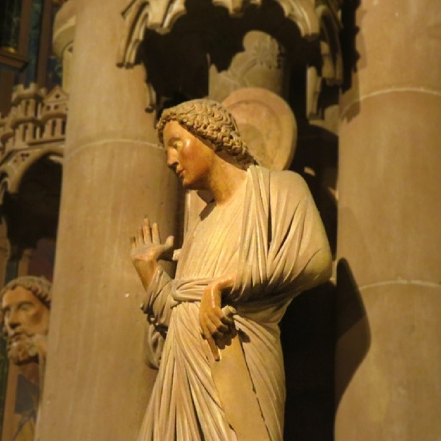 Photo: Tja, so ist das eben... #Strasbourg #Cathedral #Münster #sculpture #gesture
