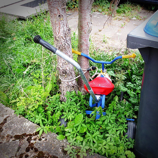 Photo: One cannot be too careful these days. #children's #tricycle #chained #locked #Trier #crime #juvenile #delinquency