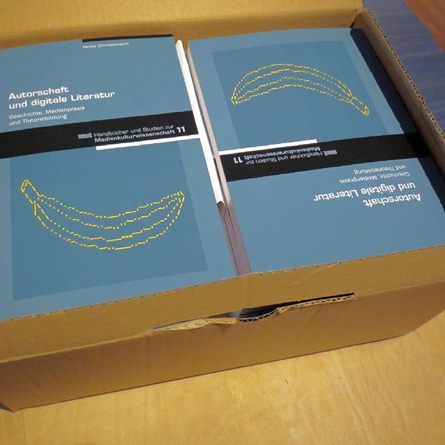 Photo: My book has been published. Yay! #bananas #authorship #elit #literature #Autorschaft #Autorenschaft #digitale #Literatur More: http://autorschaft.com/