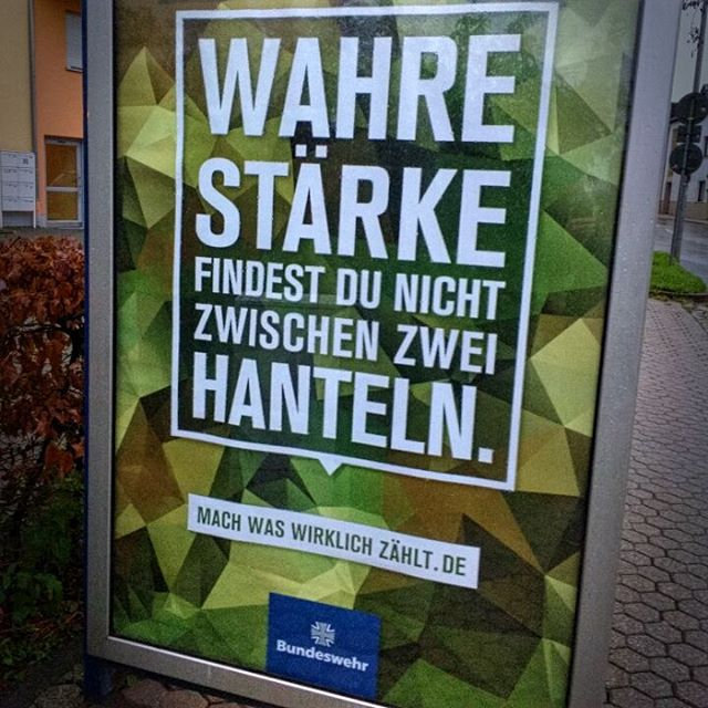 Photo: Zielgruppengerechte Werbung. #Bundeswehr #gymrat