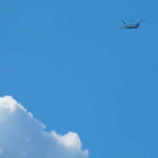 Photo: #Boing #Vertol flying over #Trier.