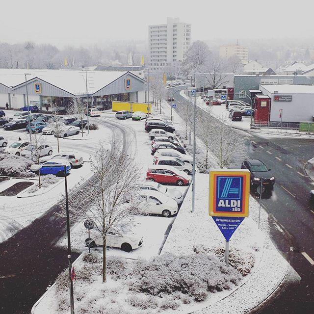 Photo: #Schnee!!!!!! #Trier #Heiligkreuz