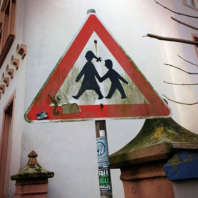 Photo: #Trier #Traffic #sign #Children Crossing.