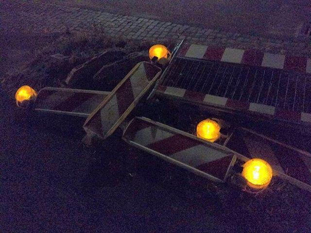 Photo: Warnleuchten k. O. nach #Marktplatzfest in #Ludwigsburg. #warninglights