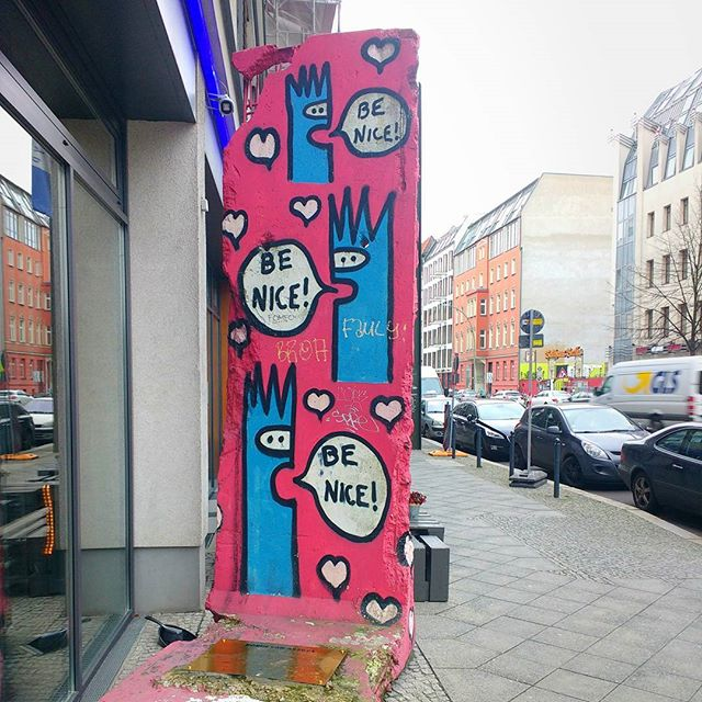 Photo: Be nice! #Berlin#chausseestrasse#Mauer#art