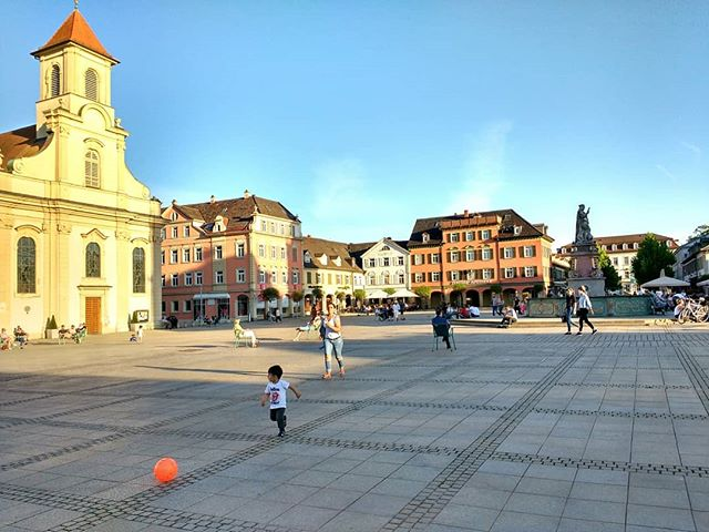 Photo: #marktplatz #Ludwigsburg. #sunshire #spring #church #town #square #marketsquare #mediterranian #lifestyle