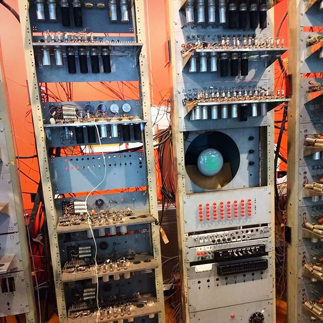 Photo: Functioning replica of #Manchester #Mark #computer. You can actually look into the memory of the machine. #museumofscienceandindustry
