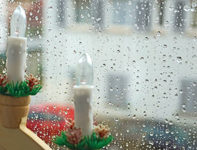 Photo: Adventswetter. #rain #window #drops #christmas #weather #weihnachtlich #ungemütlich